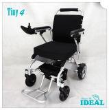 4 molto piccoli pieghevoli e sedia a rotelle elettrica portatile