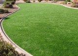 景色フィールドのための庭の人工的な草