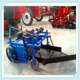 Mietitrice dell'arachide montata trattore per uso dell'azienda agricola