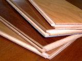 Plancher en bois de parquet à haute brillance en bois de plancher de choix de modèle de Kempas