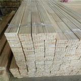 構築のPaulowniaの材木は小さな溝のストリップを肉付けする