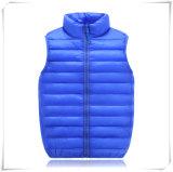 Куртка спорта с капюшоном выстеганная голубая вниз для малышей