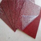 Tapete vermelho de poliéster com filme revestido transparente