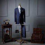De diseño de moda hombre de negocios adaptan a los juegos hombre italiano