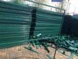 """6FT x 9.5FTの溶接網の塀は2パネルを囲う"""" X 2 """" X 8gaワイヤー臨時雇用者の構築にパネルをはめる"""