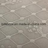 100%년 폴리에스테에 의하여 솔질되는 돋을새김된 Microfiber 침대 시트 직물