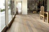 白い洗浄カシの堅木張りの床/設計された木製のフロアーリング