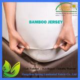 Protetor impermeável de bambu macio do colchão de Jersey da qualidade superior