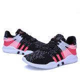 Zapatillas de deporte flexibles de los deportes de la manera de Flyknit de los hombres ocasionales de los zapatos