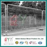 Cerca provisória usada do controle de multidão dos eventos da cerca barreira provisória