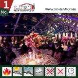 500 людей освобождают шатер венчания с ясными стенами и крышей для венчаний