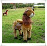 Conduite animale de lion vif sur le jouet électrique de peluche de conduite de cheval de jouet