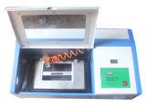 Minilaser-Stich-und Ausschnitt-Maschinen-Laser-Gravierfräsmaschine 3020