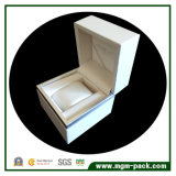 Projetar a caixa de relógio de madeira da embalagem