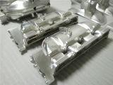 プロトタイピングおよび小さいバッチ製造業の習慣によって機械で造られる部品