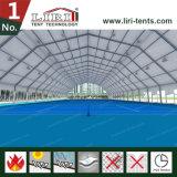 Barraca Polygonal com espaço livre de Highed para esportes