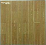 600X600mm hölzerner Blick-Entwurf glasig-glänzende Porzellan-Fußboden-Fliesen