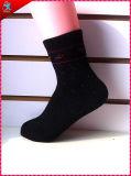 Populäre schöne kundenspezifische Socken acrylsauer