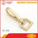 Heißer Verkauf Licht Gold Handtasche Snap Haken / Metall Handtasche Snap Hook Factory Direct Preis Snap Haken / Hund Leine Snap Hook