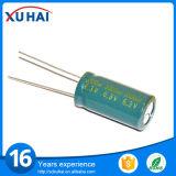 Capacitor pequeno da longa vida 100UF 25V do tamanho eletrolítico