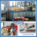 カムシャフトの鍛造材のための小型誘導加熱機械