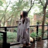 2017 robes occasionnelles de Mori de lin textile de robe longue d'automne de femmes de modèle de tissu de chanvre de couleur de personnalité de présage de femmes initiales de toile de robe plus la taille