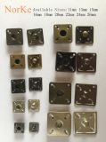 Nähende Schnellmessingtaste in der quadratischen Form für Form-Mäntel