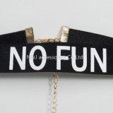 新しい方法型のハンドメイドの織り方プリント女性の宝石類のネックレスのための「楽しみ無し」のビロードのチョークバルブのネックレス