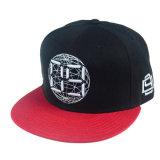 Casquillo modificado para requisitos particulares del Snapback del sombrero negro y del bordado de la alta calidad