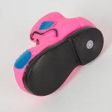 多彩な靴の形犬のビニールのおもちゃペットピカピカのおもちゃ