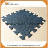 Estrellas de EPDM que enclavijan la estera de goma del suelo de la alfombra para el área del deporte