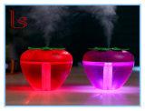 Humidificateur de forme de fraise avec la lumière de nuit