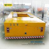 Carro eléctrico motorizado vector grande del transporte del carro plano del carril