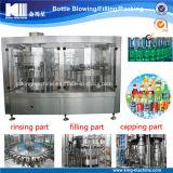 Carbonated машина запитка бутылки питья заполняя покрывая