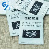 Alta qualità According to Your Request Customized Fabric Label Garment e Cap