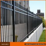 Schwarzes Puder-überzogener röhrenförmiger bearbeitetes Eisen-Zaun