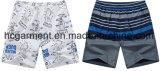 Os Shorts impressos da praia do homem, tela de Mose embarcam Shorts,