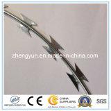 Barbelé enduit de lame de rasoir de PVC avec le prix usine