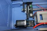 Máquina do corte do laser das cabeças do dobro usada para o acrílico de vidro da gravura