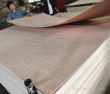 3mmの食器棚のためのキャブレターによって証明されるPrefinished赤いカシの表面によって張り合わせられる合板