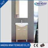 Новый шкаф тщеты ванной комнаты меламина конструкции с зеркалом