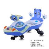 Carro com rodas do plutônio, carro do balanço do bebê da torção