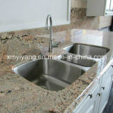 Kitchen/Bathroom (YQC-GC1002)를 위한 Polished White Granite Countertop