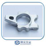 Peças de alumínio da precisão para o equipamento da maquinaria W-013