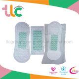 Constructeur chaud de serviettes hygiéniques de marque d'OEM de vente