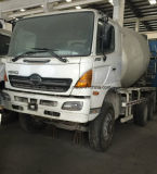 裸体Clean Package元White ColorのHino-500 Concrete Mixer Truck (Max 9m3)