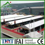 Grande partition annonçant la tente de bâti d'abri d'événement d'exposition