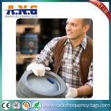 Support robuste et polyvalent de tag RFID de fréquence ultra-haute à tout matériau extérieur
