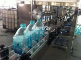 Grande machine liquide de remplissage de l'eau de bouteille d'animal familier automatique