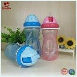 De beste Plastic Flessen van het Water voor het Drinken van de Baby